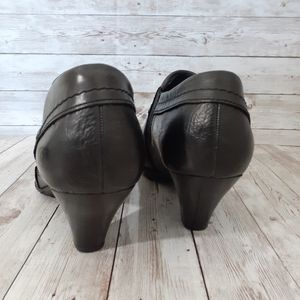 Born Shoes - Born  womans booties